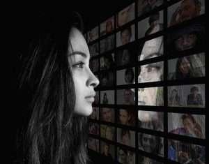 woman reflection geralt pixabay crop